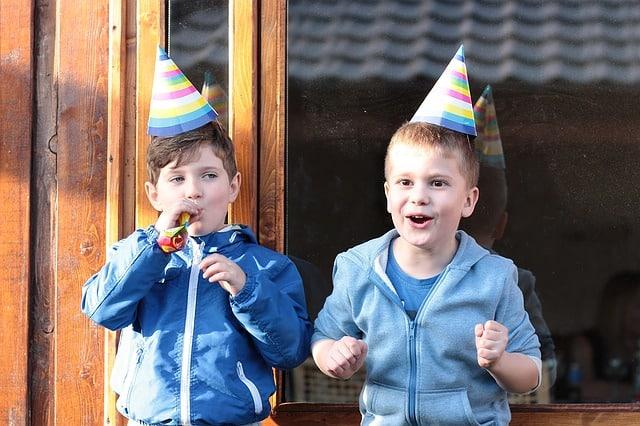 wahrheitoderpflicht-Party-Kids